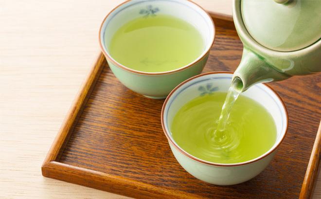 uống trà xanh không đường